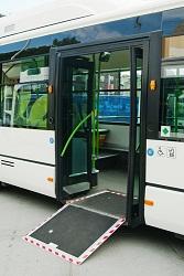 busdoor2